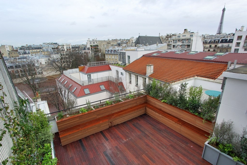 Etage : Vue sur terrasse