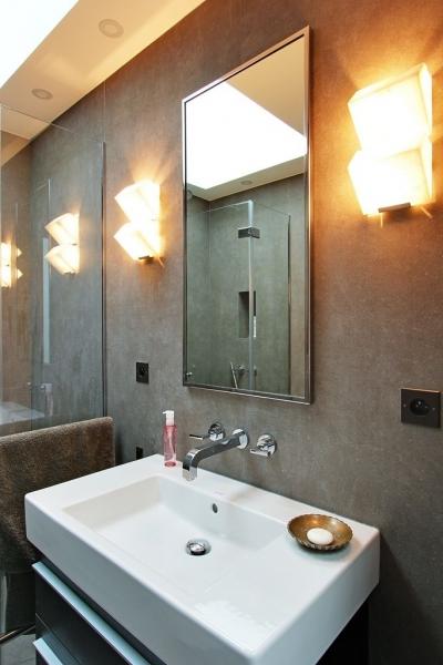 Etage : Salle de bain 1